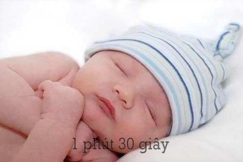 Trẻ sơ sinh ngủ nhiều có tốt không?